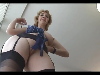 Amateur  Mature Pussy Shaved Stockings