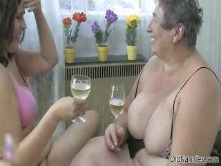 wicked old woman gets her muff sex utensil part5