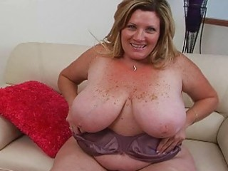 Big Tits Chubby Mature Mom Natural  Stripper