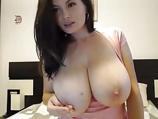 Amazing Big Tits Cute MILF Nipples Webcam