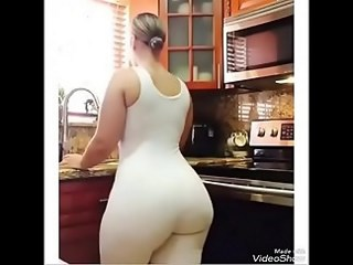 Amateur Amazing Ass Homemade Kitchen MILF Strapon Wife
