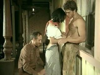 Brunette Pornstar Strapon Threesome Vintage