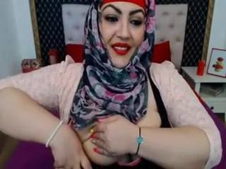 Arab MILF Strapon Webcam