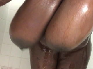 Big Tits Ebony MILF SaggyTits Showers Strapon Webcam