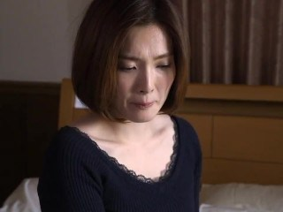 Asian Japanese MILF Strapon
