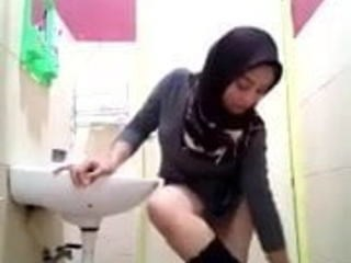 Arab Bathroom Strapon Teen Webcam Young