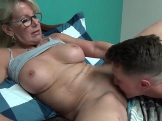 Glasses Licking Mature Mom Old and Young Strapon