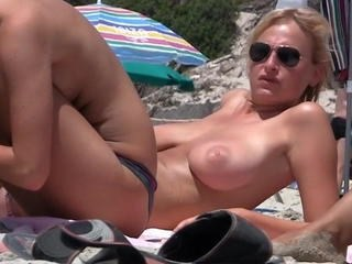 Beach MILF Natural Nudist Outdoor Public Strapon Voyeur