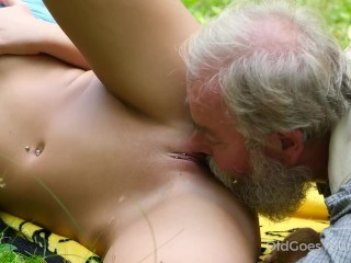 Close up Daddy Licking Old and Young Outdoor Piercing Pussy Shaved Strapon Teen Young