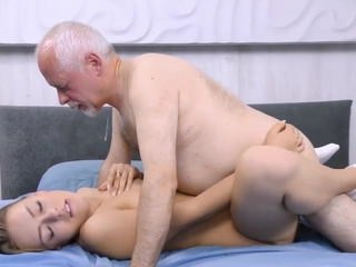 Cute Daddy Daughter Old and Young Strapon Teen Young