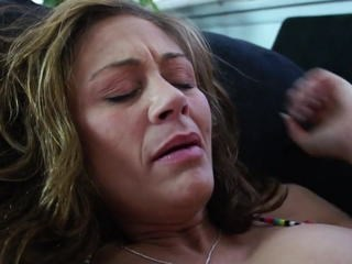 Mature Mom Orgasm Strapon