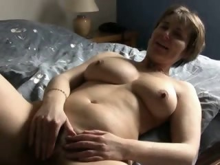Amateur Homemade Masturbating Mature Natural Strapon