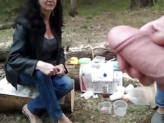Amateur Mature Mom Outdoor Strapon