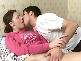 Kissing Sister Strapon Teen Young