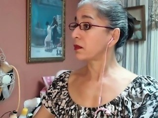 Glasses Mature Mom Strapon Webcam