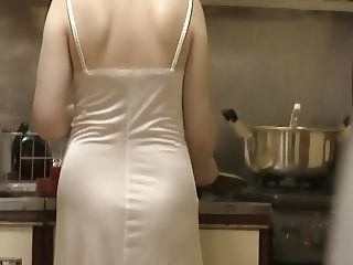 Amateur Homemade Kitchen Mature Strapon Wife
