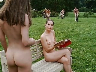 MILF Nudist Outdoor Strapon Vintage