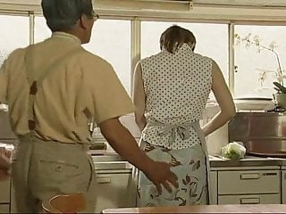 Kitchen Strapon Vintage Wife
