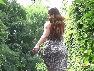 Ass MILF Outdoor Strapon