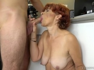 Blowjob Mature Mom SaggyTits Strapon