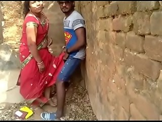 Amateur Indian Mature Mom Old and Young Outdoor Strapon Voyeur