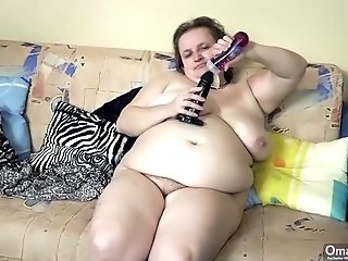 BBW Dildo Mature Mom SaggyTits Strapon Toy
