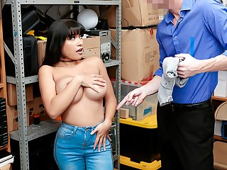 Big Tits Brunette Casting Jeans MILF Office Strapon