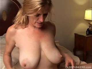 Big Tits Blonde Mature Mom Natural SaggyTits Strapon