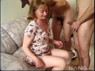 Amateur Mom Old and Young Strapon Threesome