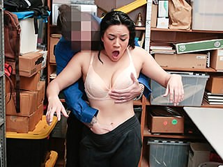 Brunette Casting MILF Office Strapon
