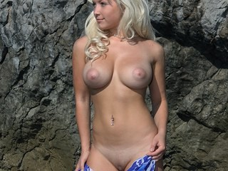 Amazing Blonde Natural Outdoor Piercing Teen
