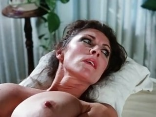Big Tits Mature Mom Strapon Vintage