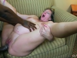 Big cock Chubby Hardcore Interracial Mature Mom Strapon