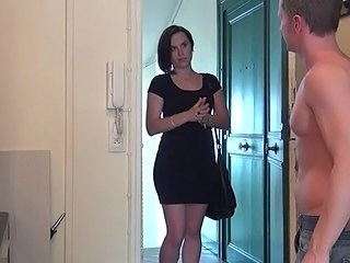 Brunette Cute MILF Strapon