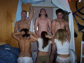 Amateur Blowjob Groupsex Orgy Strapon Teen Young