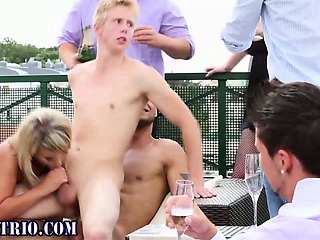 Bi orgy hunks ride outdoors