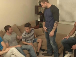 College twinks want to sit on dicks