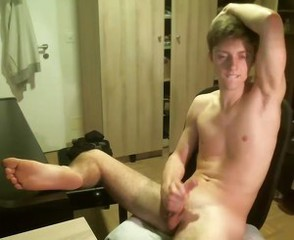 Cute Twink, Huge Load