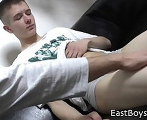 18 Boy - First Handjob