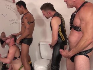 Pigs orgy in the bathroom