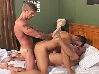 Hot Bareback 3some,double dildo fuck, hot fac