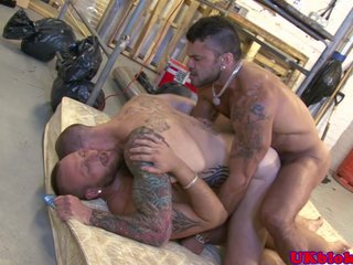 British tattood jock double penetrated