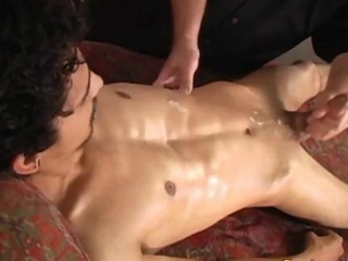 Straight amateur latino gets a hj he cums from