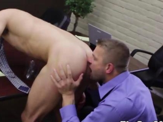 Gay office stud getting fucked by his boss