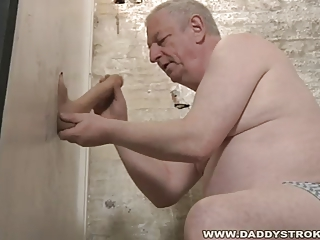 Gloryhole Cock Sucking