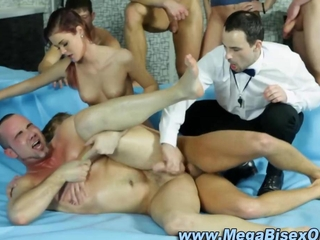 Bisexual threeway hunks and sluts all in a rumble