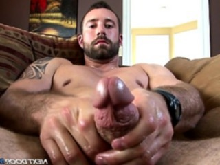 amateurs, bodybuilder, homosexual, huge dick, masturbation