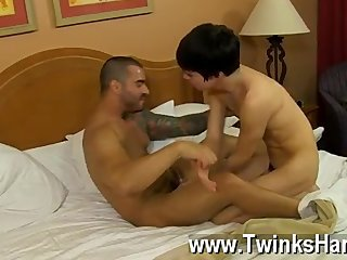 Hardcore gay Brazilian power-fucker Alexsander Freitas makes the petite