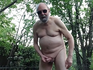 bodybuilder, homosexual, masturbation, outdoor