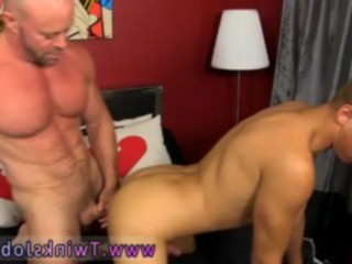 anal games, bodybuilder, deep throat, gays fucking, homosexual